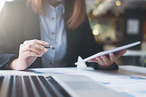 ¿Qué es y cómo funciona SAP HANA?